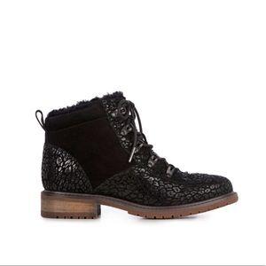 EMU Australia Yellowstone Suede/Leather Wool Lined Leopard Print Waterproof Boot